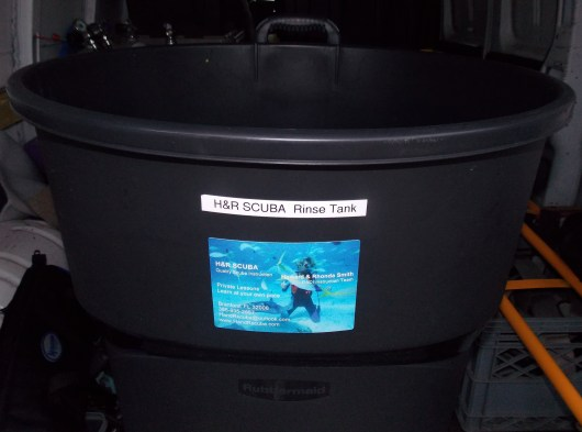 013 H&R-SCUBA-gear-&-crates-2013-0927