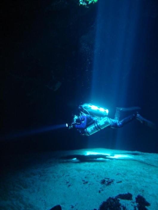 Jug Hole Spring-Howard Cave Diving-Ichetucknee Springs State Park-Photo by Ken-1-8-12